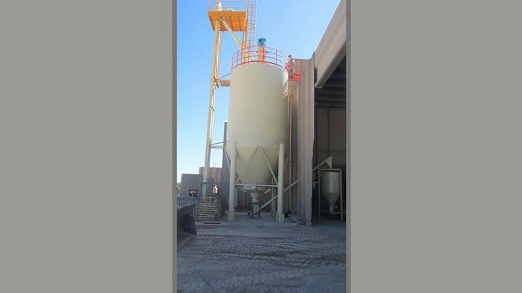 Silos de intemperie con sistema de deshumidificación