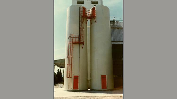 Silos de intemperie con sistema de deshumidificación del aire interno